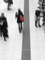 Merke dir den roten Rucksack