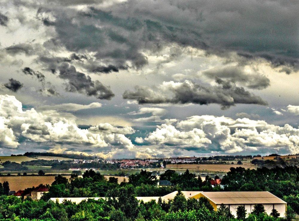 Juni hinter Dresden